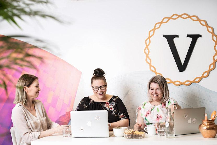 Miksi ottaa meidän yritykseemme Virtuaaliassari?